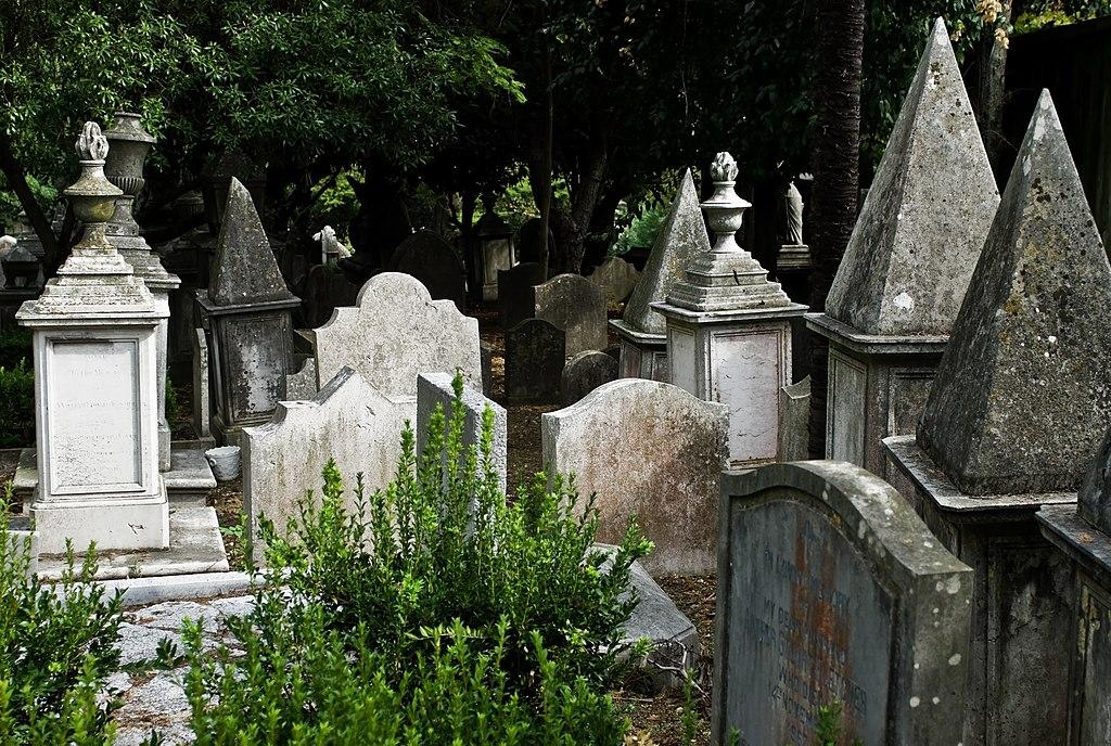 > Cimetière anglais de Lisbonne - Photo de Nikodem Nijaki