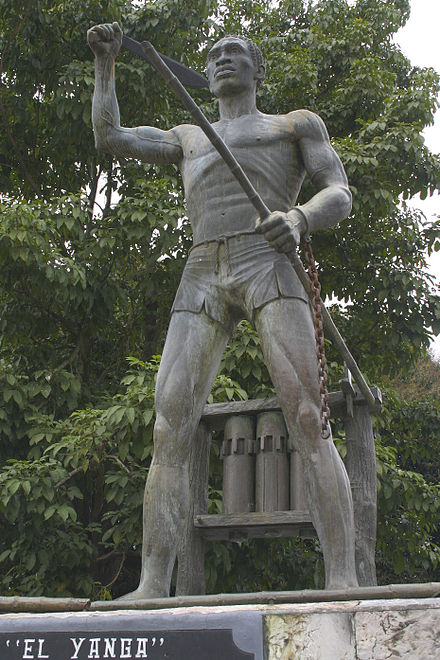 Statue of rebel leader Yanga EstatuaYanga.jpg