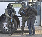 Exercício conjunto de enfrentamento ao terrorismo (27165414596).jpg