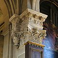 F0698 Paris V eglise Saint-Medard chapiteau rwk.jpg