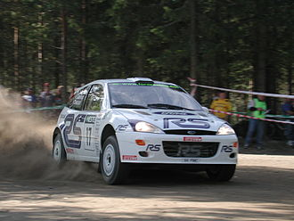 François Delecour - Delecour with a Ford Focus RS WRC 01 at the 2001 Rally Finland.