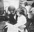 Federico garcia lorca con su hermana isabel en granada en 1914.jpg