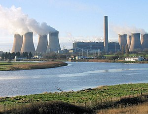 Fiddlers Ferry power station - Fiddlers Ferry power station Viewed from the east in January 2006