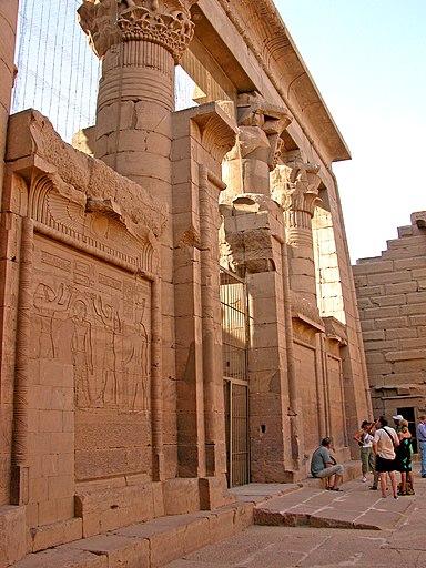 Flickr - archer10 (Dennis) - Egypt-7A-024