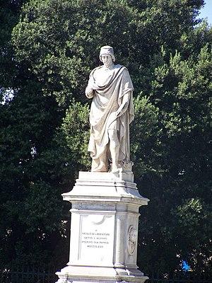 Niccolò Alunno - Statue in Foligno