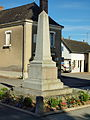 Fontaine-Couverte-FR-53-monument aux morts-01.jpg