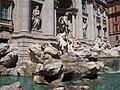 Fontana di Trevi, 2004.jpg