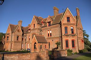 Foxhill House - Image: Foxhill House 03