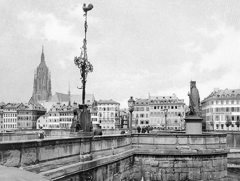 Frankfurt Am Main-Fay-BADAFAMNDN-Heft 26-Nr 303-1911-Bruecke mit dem Denkmal Kaiser Karl des Grossen