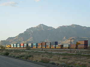 Well car - A train of well cars in Arizona