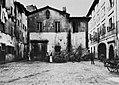 Gebrüder Alinari - Ein Platz in der Nähe der alten Stadtmitte (Zeno Fotografie).jpg