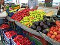 Gemüse auf dem griechischen Markt.jpg