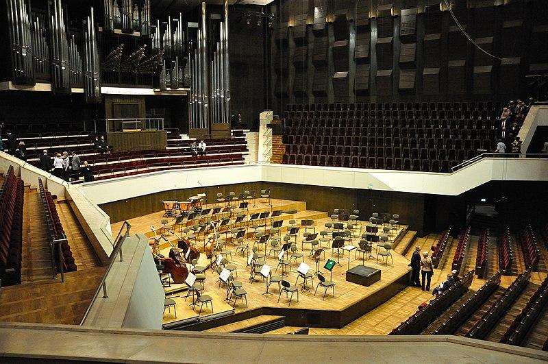 File:Gewandhaus stage.jpg