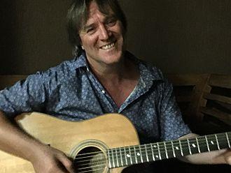 Glenn Bidmead - Image: Glenn Bidmead Singer Songwriter