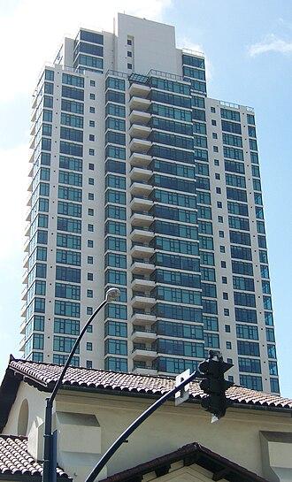 The Grande at Santa Fe Place - Image: Grande South Santa Fe San Diego Apr 09
