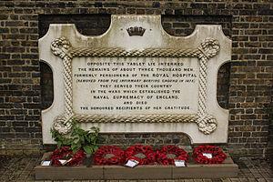 East Greenwich Pleasaunce - Plaque regarding mass burial site at East Greenwich Pleasaunce.