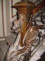Grifon bronz detaliu, intrare hol.jpg