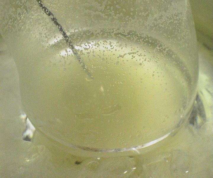 Bestand:Grignard reaction experiment 07.jpg