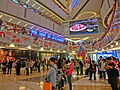 HK 觀塘 Kwun Tong 創紀之城五期 APM mall interior n visitors Xmas Dec-2013.JPG