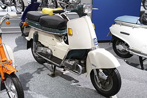 HONDA JUNO M85 1962 in Honda Collection Hall.jpg
