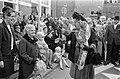 Hare Majesteit bezoekt Oost-Groningen. Koningin Juliana bezoekt Winschoten en on, Bestanddeelnr 922-8494.jpg