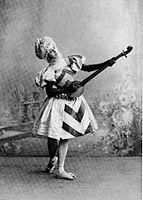 Harlequinade -Serenade -Anna Pavlova.JPG
