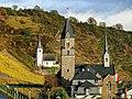 Hatzenport, Alte und neue Pfarrkirche.jpg
