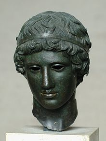 Head boy diadem Glyptothek Munich 457.jpg