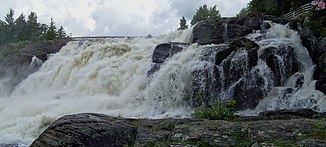 North Branch Muskoka River an den High Falls, nördlich von Bracebridge
