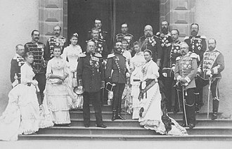Alfonso XII of Spain - Alfonso surrounded by his relative European monarchs and their spouses at Homburg Castle in 1883. Edward VII, Wilhelm II and Carlos I can be seen amongst others