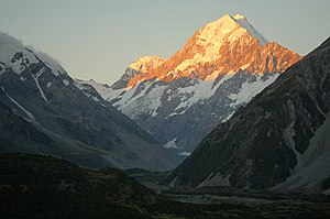 Aoraki / Mount Cook - Aoraki / Mount Cook at sunset from Hooker Valley