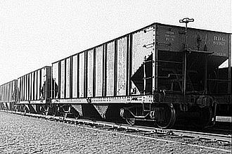Rolling stock - Image: Hopper cars