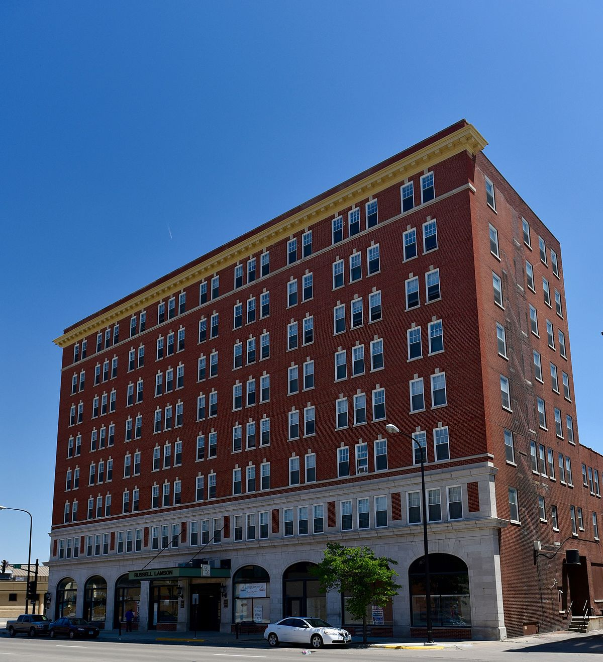Hotel russell lamson wikidata for Hotels ussel