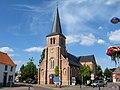 Houtvenne - Sint-Adrianuskerk.jpg