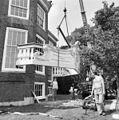 Huis Vechtvliet, het aanbrengen van het attiek - Breukelen - 20041987 - RCE.jpg