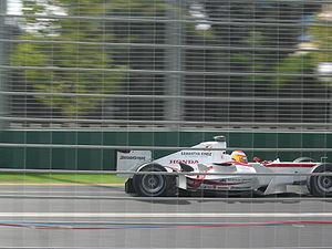 Yuji Ide - Ide driving the Super Aguri SA05 at the 2006 Australian Grand Prix.