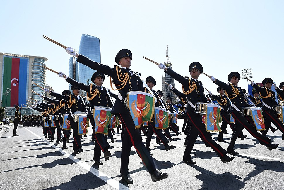 Ilham Aliyev attended the parade 11