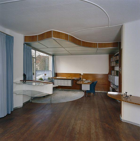 Bestand:Interieur, overzicht werkruimte in de woonkamer met verlaagd ...