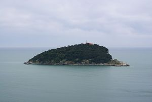 San Venerio Lighthouse - San Venerio lighthouse, atop the island of Tino