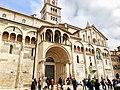 Italie, Modène, Duomo ou Cattedrale di Santa Maria Assunta in Cielo e San Geminiano (XIIe - XIIIe siècles), Porta Reggia et Façade du pseudo transept sud (50245699172).jpg