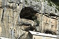 J35 842 Höhle.jpg