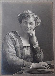 Jane Stephens Irish zoologist, expert on sponges