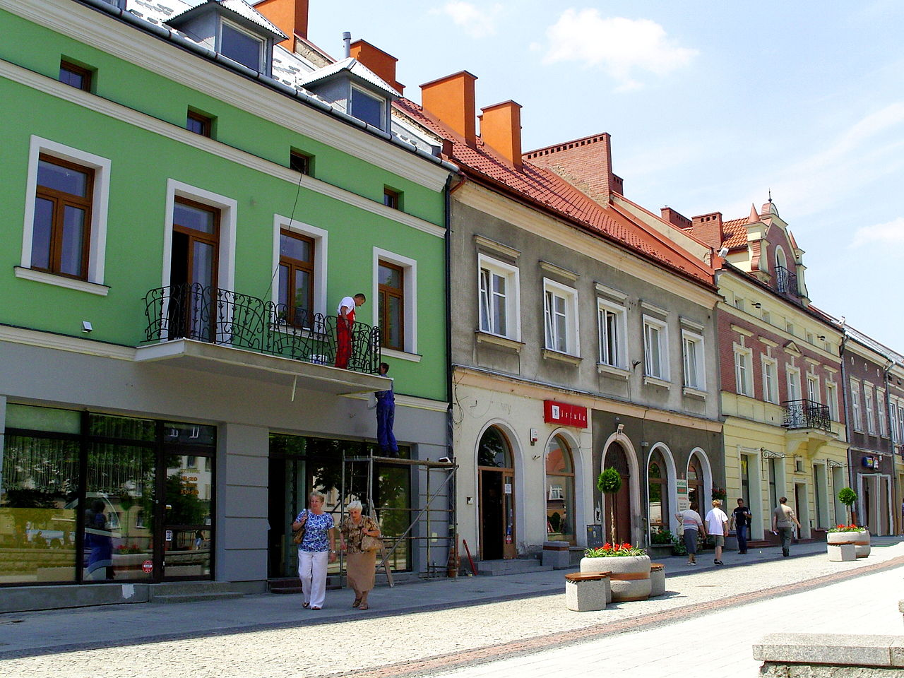 Plik:Kamienice Rynek Jaslo.JPG – Wikipedia, wolna encyklopedia