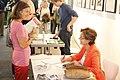 """Kati Marton signiert ihr Buch """"Volksfeinde"""", 2013 (3).jpg"""