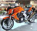 Kawasaki Z1000 2007.jpg