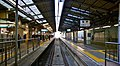 Keikyu Kawasaki Station Daishi Line platforms 20160116.JPG
