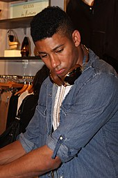 """lonsdale gay singles Looking for the story about keiynan lonsdale coming out on the set of love,  dating entertainment gay  """"it's a set with a gay director."""