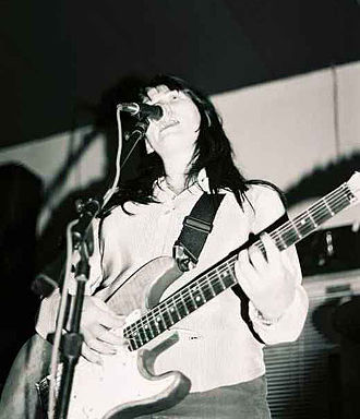 Kelley Deal - Performing with the Kelley Deal 6000
