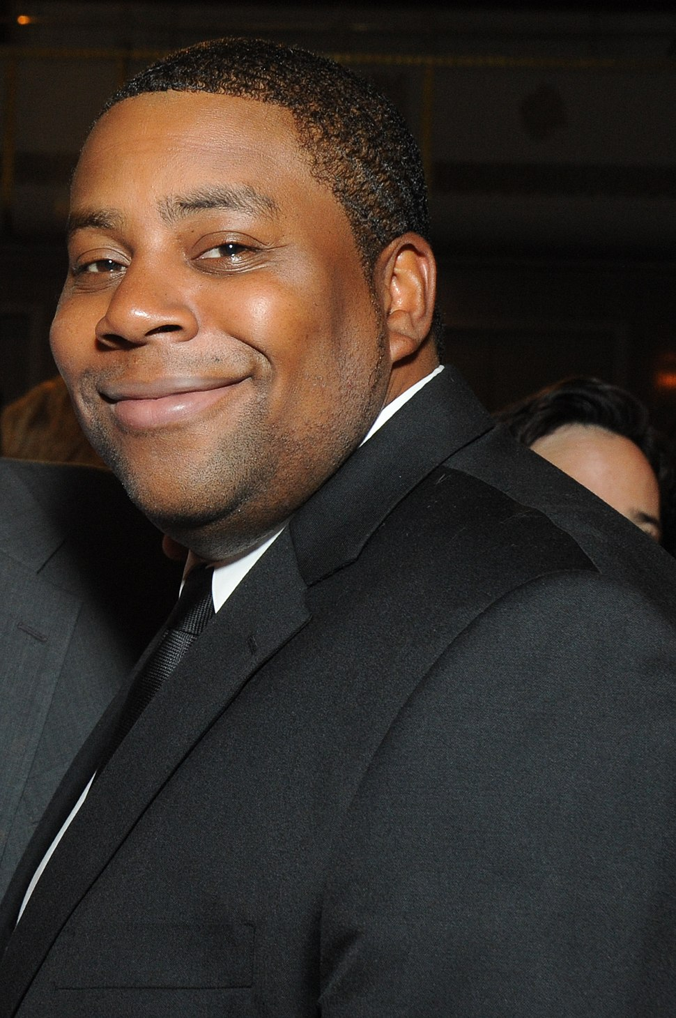 Kenan Thompson 2012 (cropped)