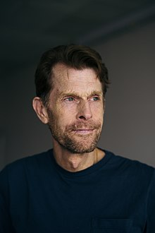 Kevin Conroy, at MCM London Comic Con, May 2018.jpg